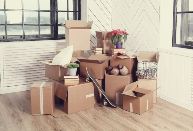 tri des affaires pour effectuer un déménagement